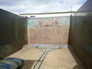 ダンプを土砂禁にしました。