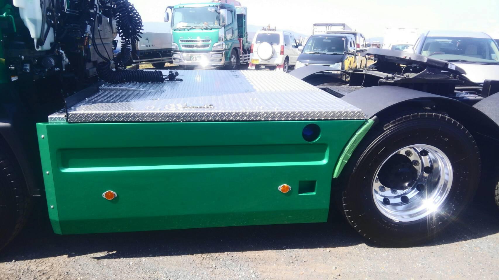 貨物自動車架装工房 トラック修理 クレーン架装 トラックカスタム